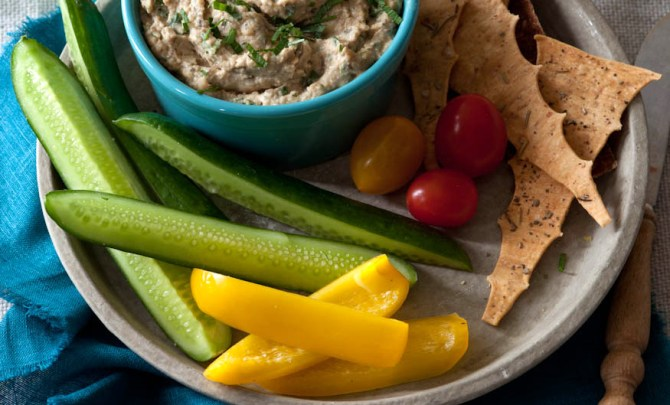 smoky-eggplant-spread-eat-clean-diet-vegetarian-health-recipe-diet-food-spry
