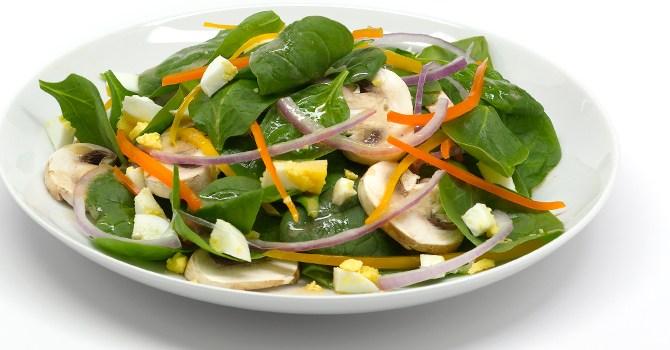 spinach-salad-volumetrics-diet-recipe-food-health-spry