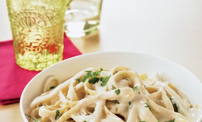 vegan-fettuccine-alfredo-chloes-kitchen-cookbook-gluten-free-health-food-diet-recipe-spry