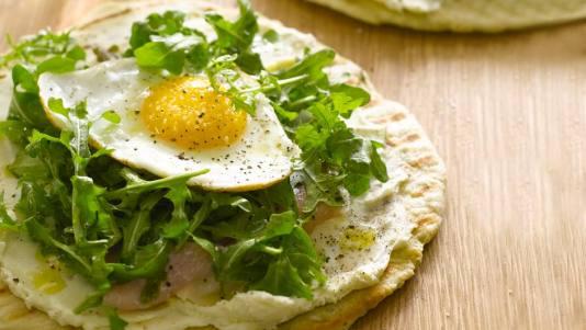 breakfast-in-bed-breakfast-pita
