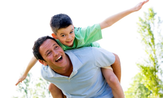 father-day-tip-advice-good-perfect-dad-treat-attention-family-health-spry