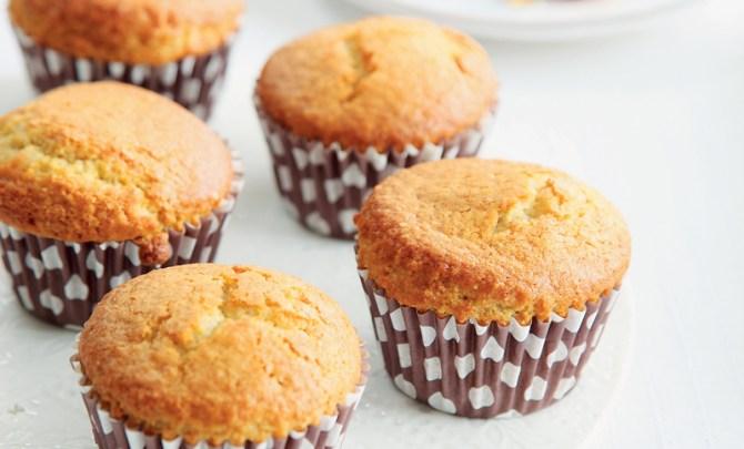 quick-cook-low-fat-recipe-lemon-yogurt-cupcakes-diet-health-spry