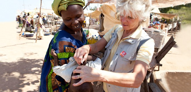 ann-lee-hussey-polio-disease-prevent-health-awareness-vaccine-africa-middle-east-asia-spry