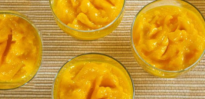 low-sugar-mango-sorbet-frozen-dessert-treat-fruit-health-spry