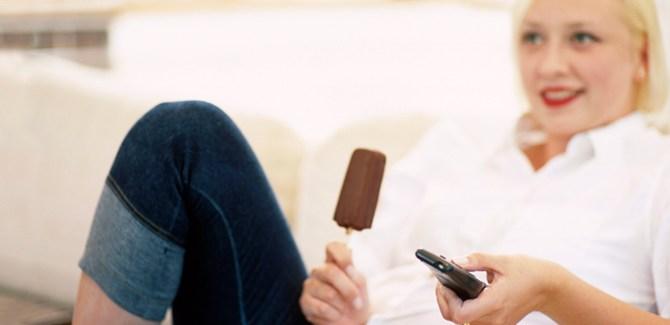 emotional-eat-habit-break-address-overcome-chalene-johnson-tip-advice-health-spry