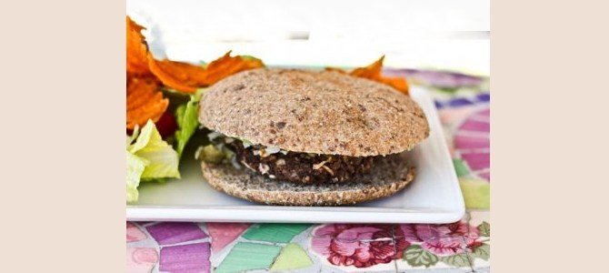 mole-coconut-black-bean-burger-light-lunch-dinner-health-quick-vegetarian-spry