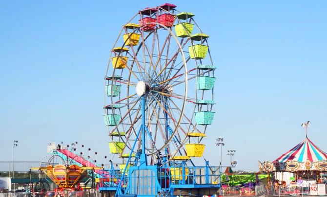 Healthy-Fair-Food-Unhealthy-Circus-Wheel-Spry.jpg