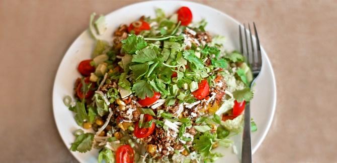 monster-taco-salad-vegetarian-chimichurri-quinoa-roasted-corn-whole-grain-dinner-health-spry