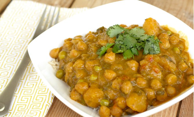 Indian curry with butternut squash and chickpeas made in the slow cooker or crock pot.