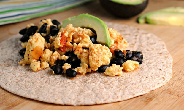 Recipe for Black Bean and Egg Breakfast Burritos