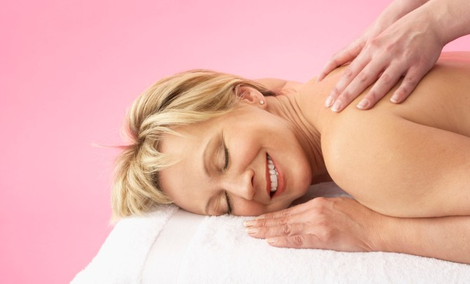 The 4 Best Complementary Therapies for Arthritis - Spry Living