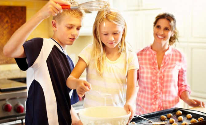 6 Expert Tips for Getting Kids Cooking.