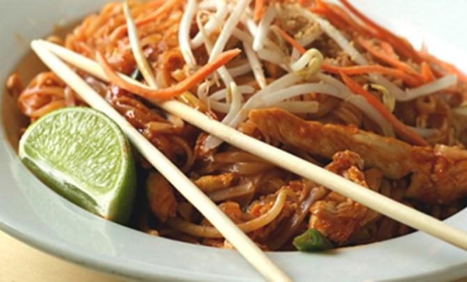 pb2 thai noodles