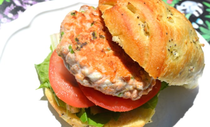 Scallion and Chili Salmon Burgers