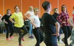 Więcej o: Warsztaty taneczne- tańce i zabawy folkloru wielkopolskiego