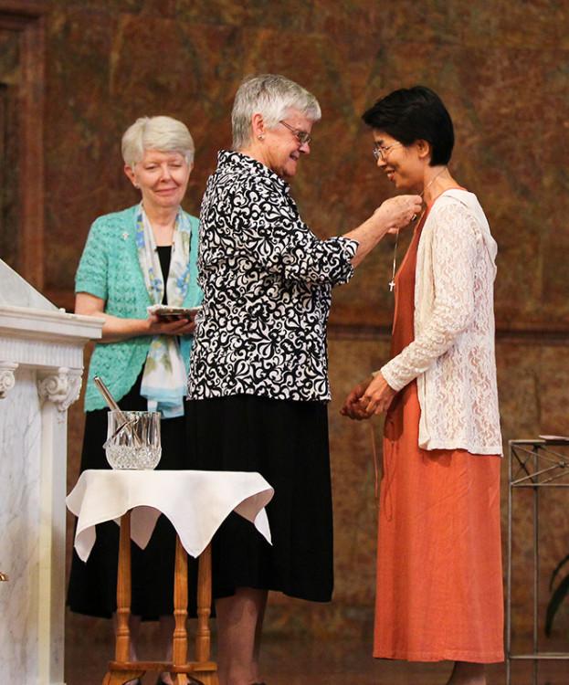 Sister-Ann-receives-her-cross-for-web