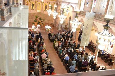 A full church!