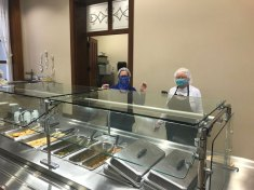 Sisters Janice Smith and Kay Manley in the Providence Hall Dining Room.