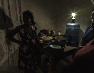 General[Connie_Frisbee_Houde]Solar_Light_Honduras