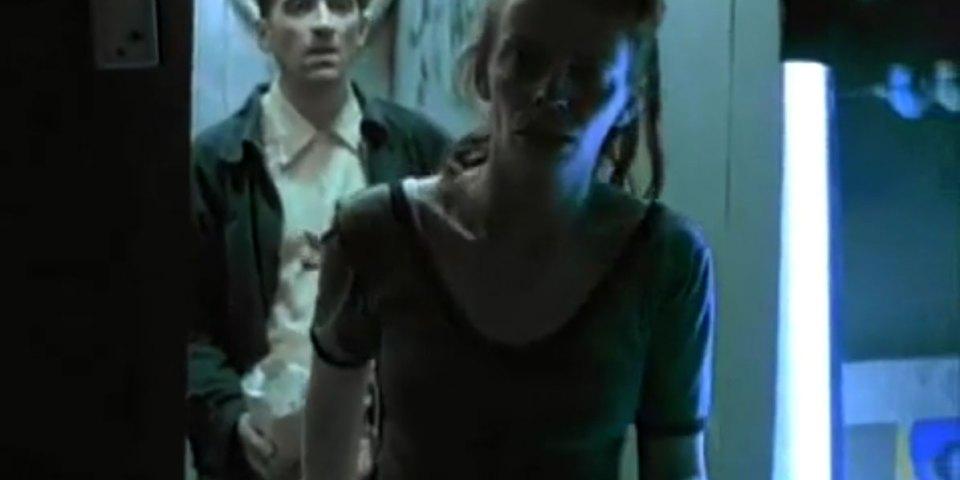 1998-04-01-Hefner-Sweetness-Lies-Within-videograb-19