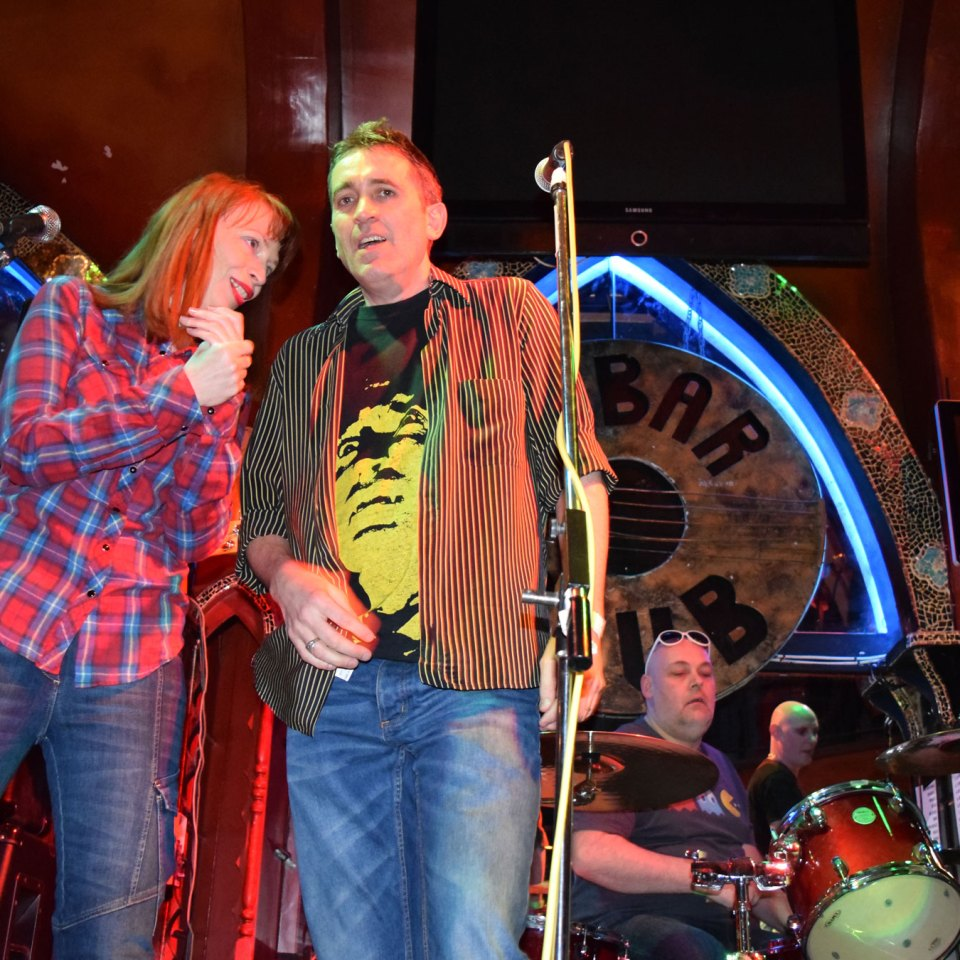2015-01-30-SF-12-Bar-gig-Nikon-Dan-0252