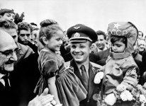Yuri Gagarin durante su viaje a Francia en septiembre de 1963. © RIA Novosti.