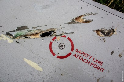 Daños presuntamente provocados por el paso de un misil aire-aire en los restos del Boeing 777 Foto: © RIA Novosti Andrei Stenin.