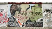 Estado del mural en 2006, Berlín, Alemania, 17 de abril de 2006. Foto: © DB Kathrin Brunnhofer / dpa / Corbis.