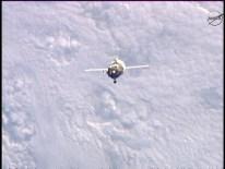 Soyuz TMA-15M vista desde la EEI. Foto: NASA TV.