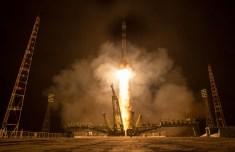 La nave espacial Soyuz TMA-16M despega rumbo a la Estación Espacial Internacional con la Expedición 43, sábado, 28 de marzo 2015, desde el cosmódromo de Baikonur, en Kazajstán. Créditos: Bill Ingalls / NASA.