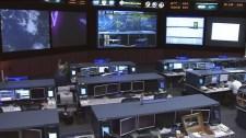 Sala de Control del Centro Espacial Lyndon B. Johnson. Imagen: NASA TV.