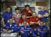 La Expedición 45 se comunica con el Centro de Control en Moscú. Foto: NASA TV.