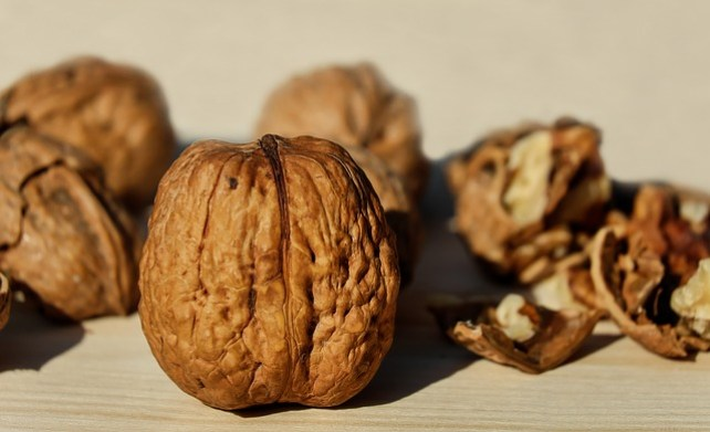 walnuts benefits for as a snack