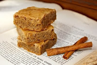 Rich Cinnamon Blondies, Cheap but Fabulous!