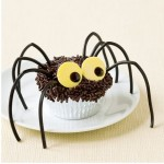 Halloween Bat and Spider Decorations, Treats that Are Easy to Make