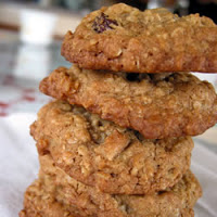 Spiced Oatmeal Raisin Cookies: #1 Cookie Recipe