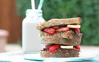 7 Breakfast Sandwiches Under 325 Calories