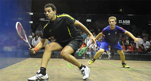 Mohamed El Shorbagy in action