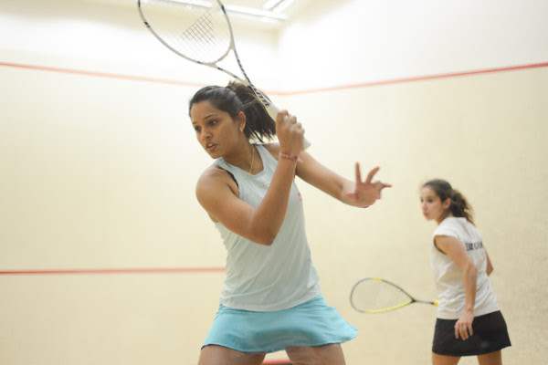 Dipika Pallikal on her way to victory in the final