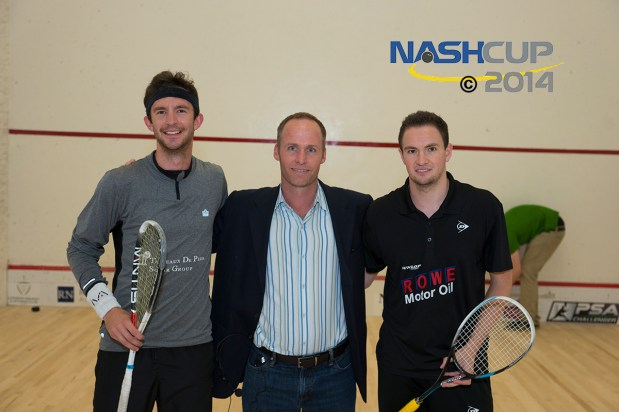 Jay Nash greets the 2014 finalists, Jens Schoor (right) and Eddie Charlton