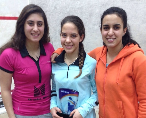 Hana Ramadan flanked by compatriots Nour El Sherbini (left) and Nour El Tayeb, ranked 4 and 6 in the world