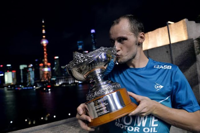 Gregory Gaultier celebrates in Shanghai