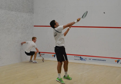 Big diagonal coming up for Andrew Schnell as Karim Abdel Gawad volleys