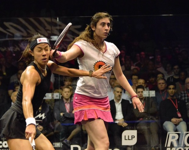 It all looks too painful for Nicol David against Nour El Sherbini