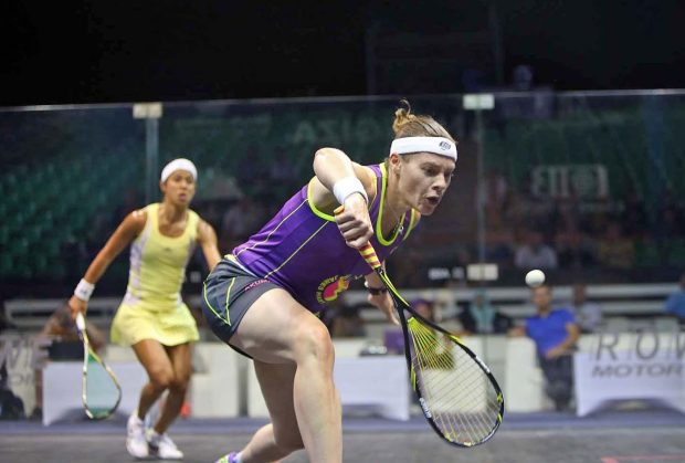 Sarah-Jane Perry gets in front of Nicol David