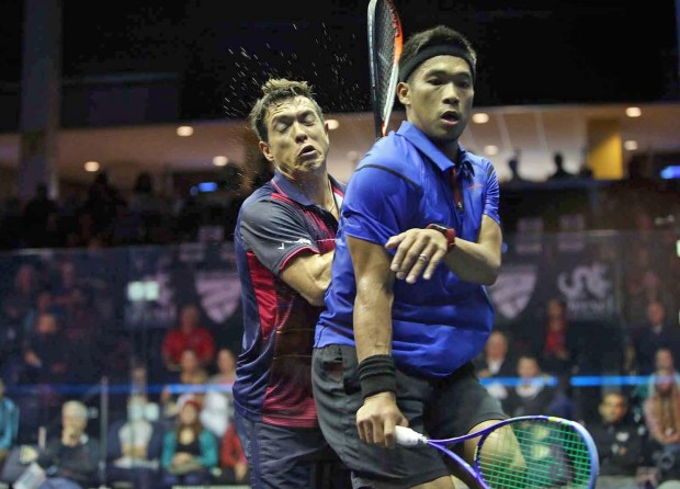 Nafizwan Adnan (right) stands his ground against Miguel Rodriguez