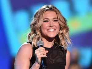rachel platten huge smile on stage