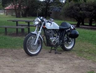 Geoff's SR500 at Flinders, 2020