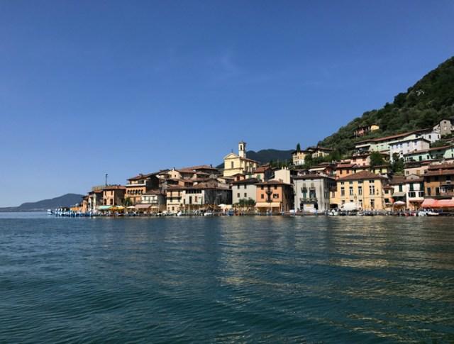 Monte Isola è uno dei borghi più belli della Lombardia