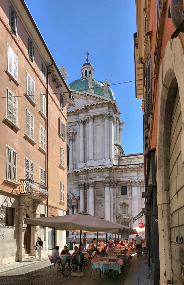 Il Duomo Nuovo è da vedere quando si visita Brescia in un giorno